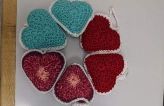 Crocheted hearts create link between patients and their families